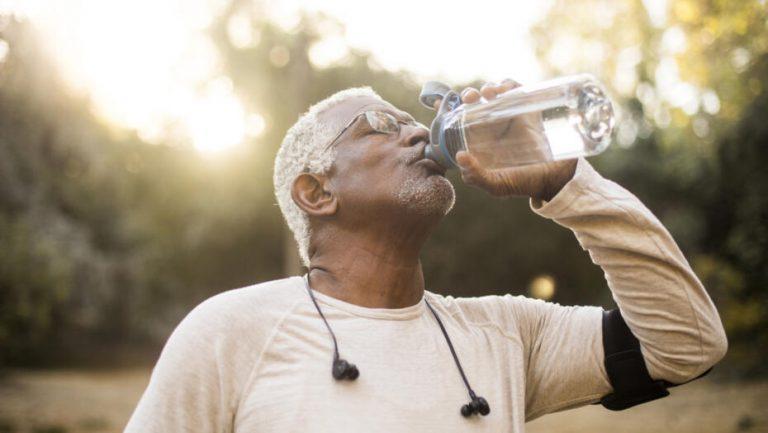 آیا کمبود آب بر سلامت دهان و دندان شما تأثیر منفی می گذارد؟