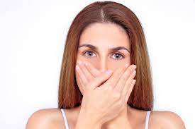 دلایل و درمان بوی بد دهان حتی پس از مسواک زدن