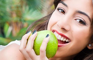 اهمیت ویتامین ها در سلامت دهان و دندان