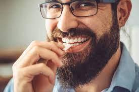 آیا جویدن آدامس برای دندان های شما مفید است؟